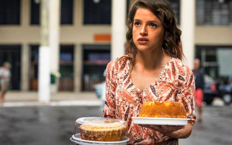 Imagem ilustrativa da notícia: Juliana Paes diz que Josiane vai trabalhar em carrinho de bolos em 'A Dona do Pedaço'