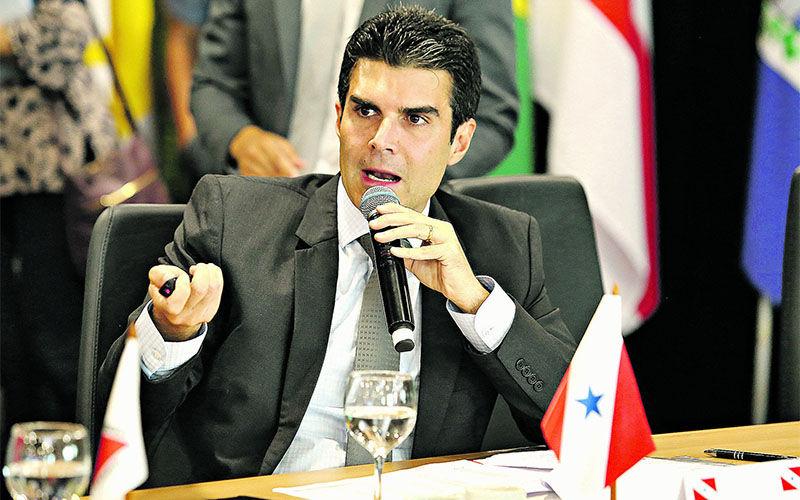 Helder apresentou relatório com medidas de compensação da Lei Kandir, que foi aceito pelos governadores.
