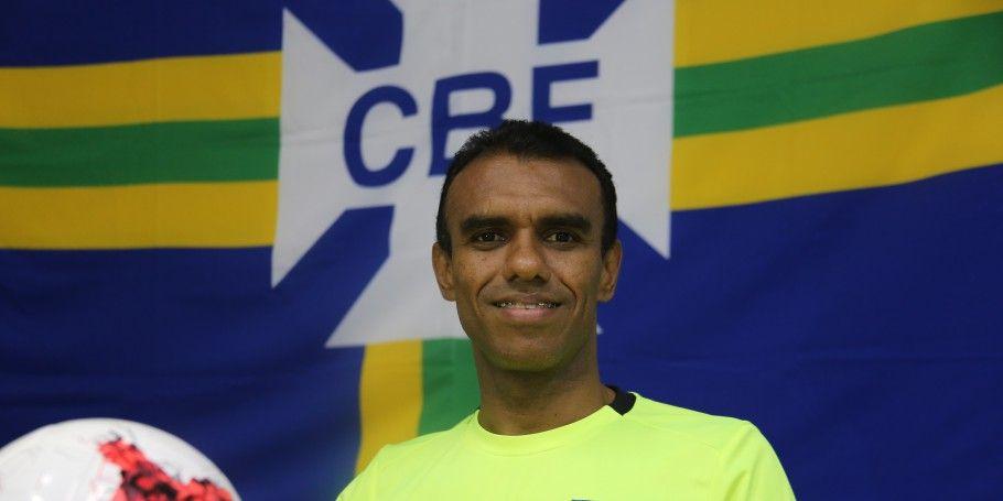 Imagem ilustrativa da notícia: Após erro no Re x Pa, CBF retira Dewson Freitasdo quadro da Fifa