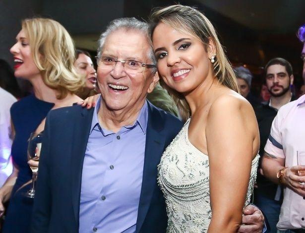 Carlos Alberto celebra um ano de casamento com Renata Domingues (Foto: Divulgação)