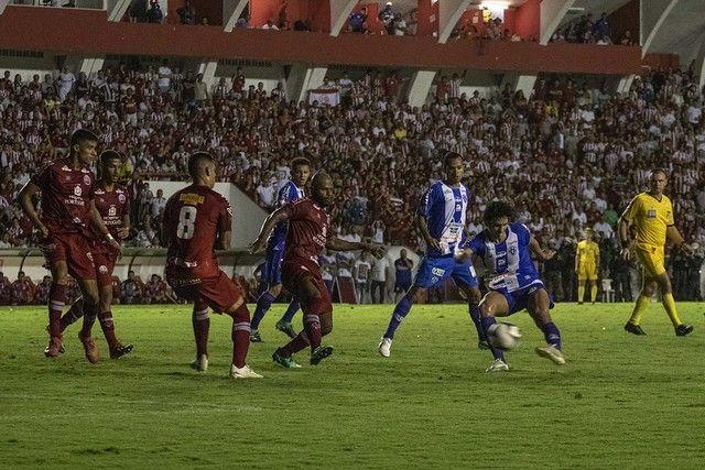 A eliminação do Paysandu após um pênalti marcado errado contra o Náutico-PE custou cerca de R$7 milhões ao Papão em patrocínios e direitos de transmissão da Série B.