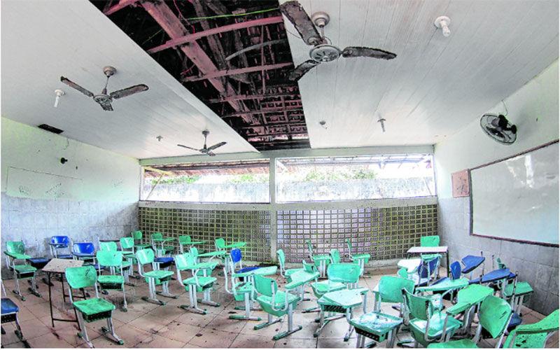 Escolas sucateadas são exemplos de como a educação foi tratada na gestão passada.