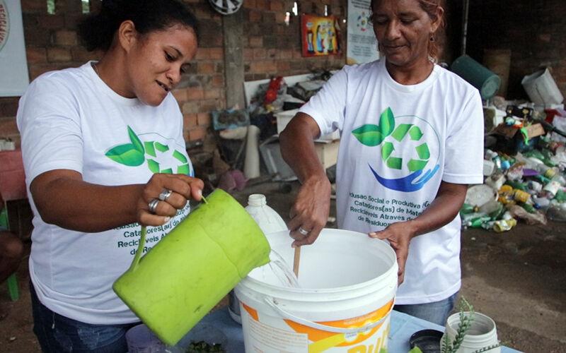 Imagem ilustrativa da notícia: Óleo de cozinha que poluía rio em Bragança é transformado em sabão ecológico; saiba como!