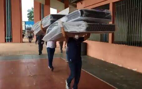 Imagem ilustrativa da notícia: Mangueirão começa a receber doações para moradores em situação de rua