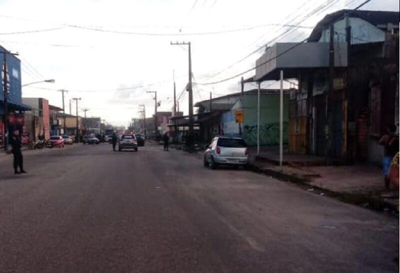 Imagem ilustrativa da notícia: Assaltante rouba loja e faz homem refém durante fuga na Grande Belém