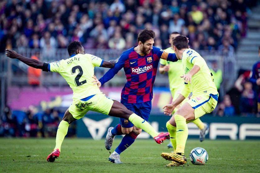 Imagem ilustrativa da notícia: Messi dá show e comanda goleada do Barça no Espanhol