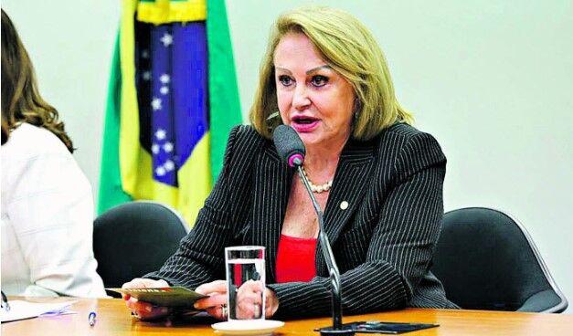 Elcione considera que projeto é reconhecimento de quem está dando a vida pela saúde dos brasileiros