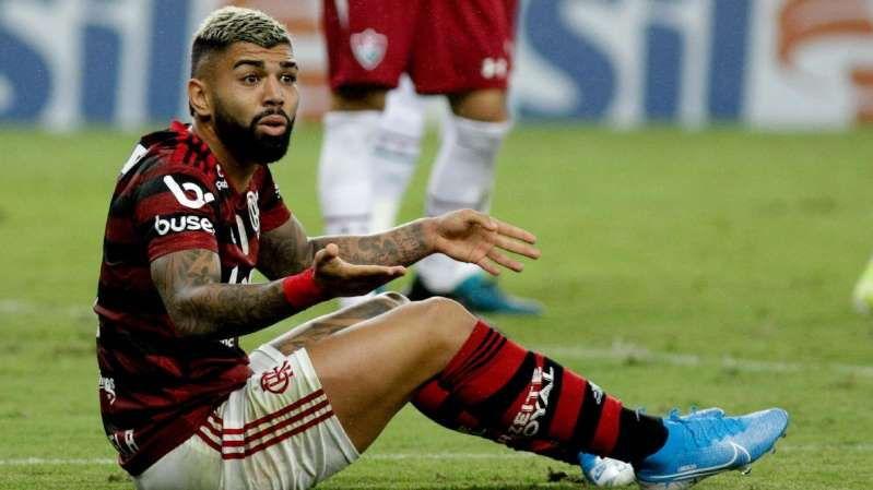 Imagem ilustrativa da notícia: PES 2020: Gabigol perde e está fora do Futebol de Casa