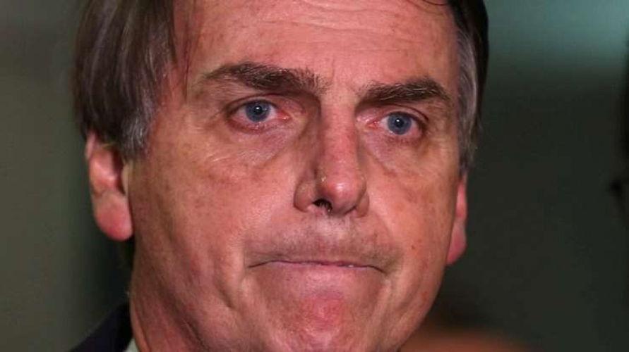 Imagem ilustrativa da notícia: Ministro do STF manda oficial de Justiça comunicar Bolsonaro sobre ação de impeachment