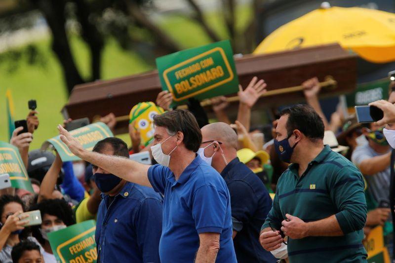 O presidente se disse honrado com as manifestações