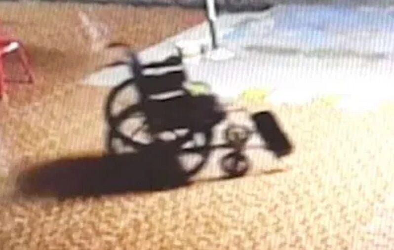 Imagem ilustrativa da notícia: Fantasma de pacientemove cadeira de rodas em hospital; veja vídeo