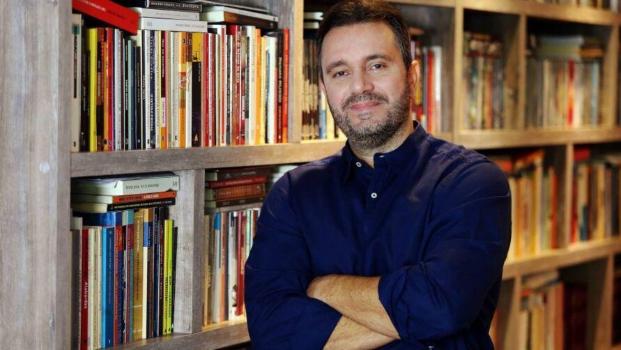 Com vasta experiência e 16 livros publicados, Felipe Pena participará de um evento exclusivo sobre a Comunicação pós-pandemia.