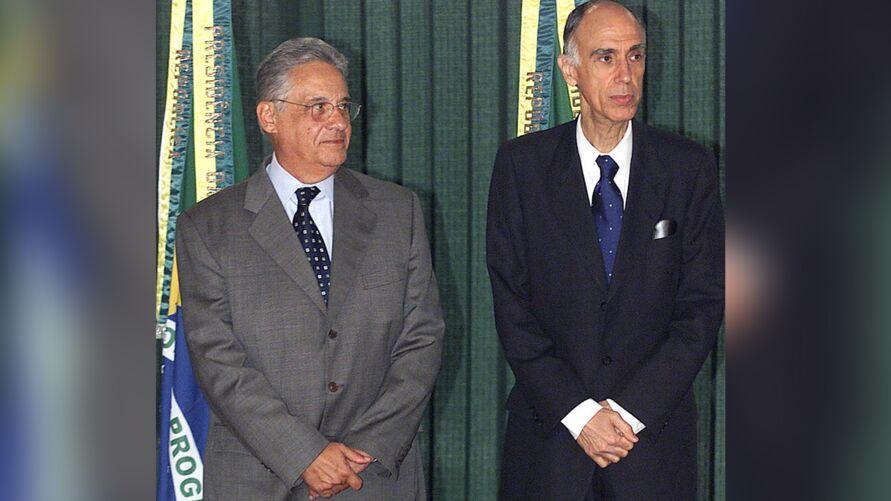 Imagem ilustrativa da notícia: Ex-vice-presidente Marco Maciel sofre com a doença de Alzheimer