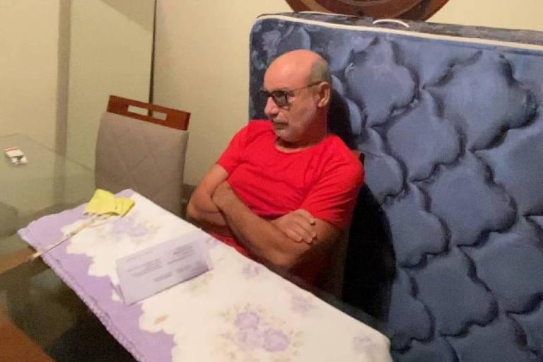 Imagem ilustrativa da notícia: Vídeo: Fabrício Queiroz, braço direito da família Bolsonaro, é preso em São Paulo
