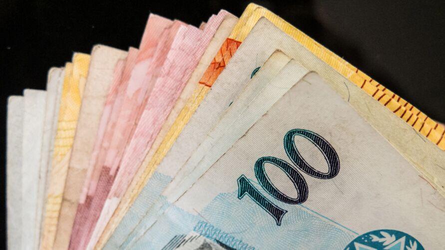 Imagem ilustrativa da notícia: Mais empresas aderem à campanha para quitar dívidas de até R$ 1.000 por R$ 100