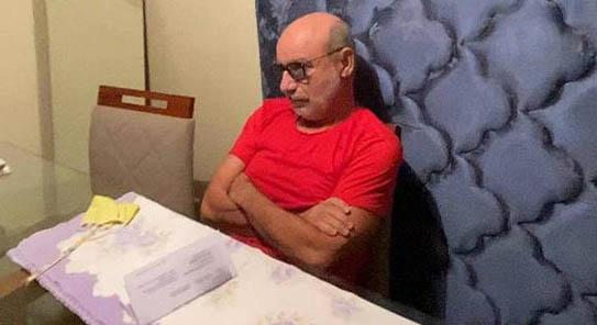 Imagem ilustrativa da notícia: Vizinhos de Queiroz relatam churrascos e briga no portão