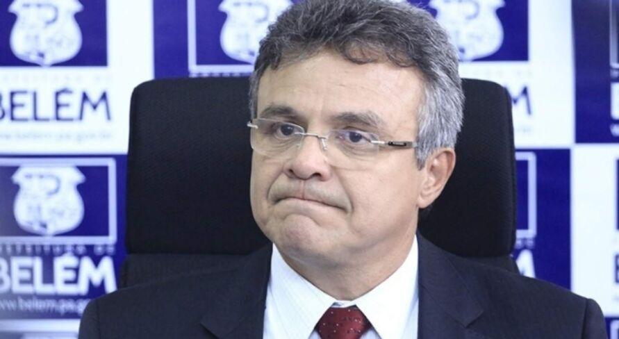 Zenaldo destinou recursos enviados pelo Governo Federal para pagar aluguel de imóveis, reformar praças, a feira do Ver-o-Peso e até pagar dívidas com as escolas de samba