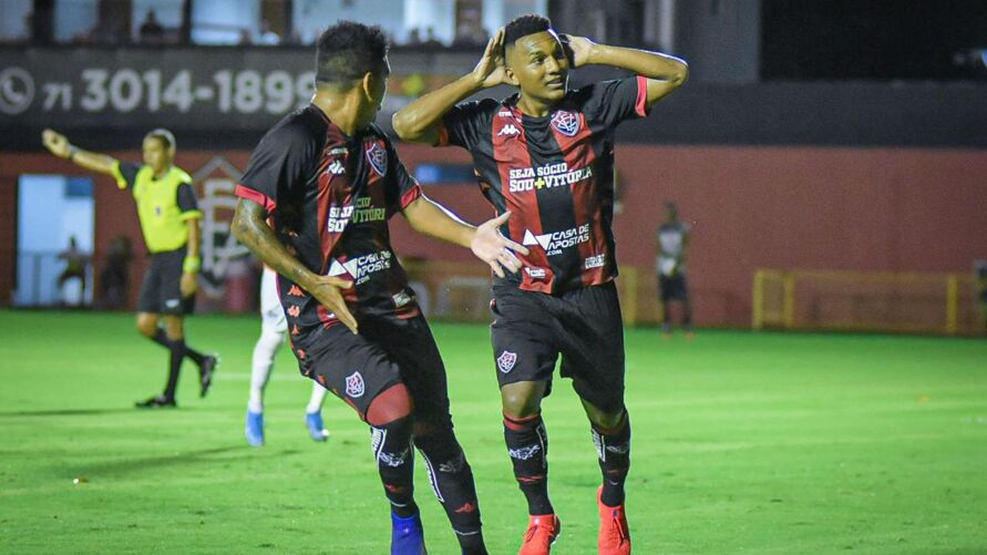 Imagem ilustrativa da notícia: Remo anuncia chegada de atacante que jogou na seleção e lateral para Série C