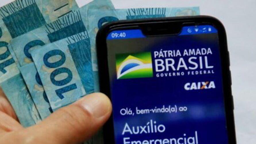 Muitos benefícios estão sendo pagos aos trabalhadores brasileiros, sejam eles informais ou formais.