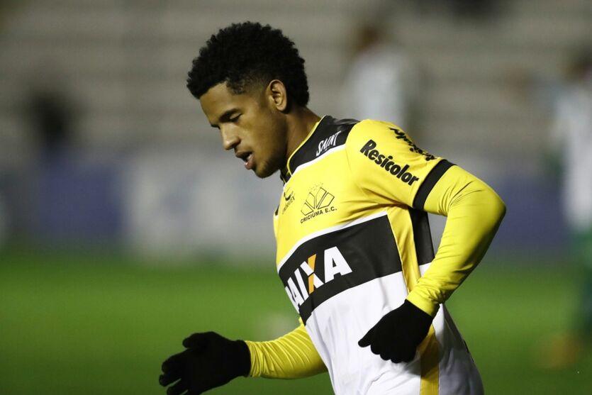 Imagem ilustrativa da notícia: Paysandu confirma contratação de atacante para a Série C