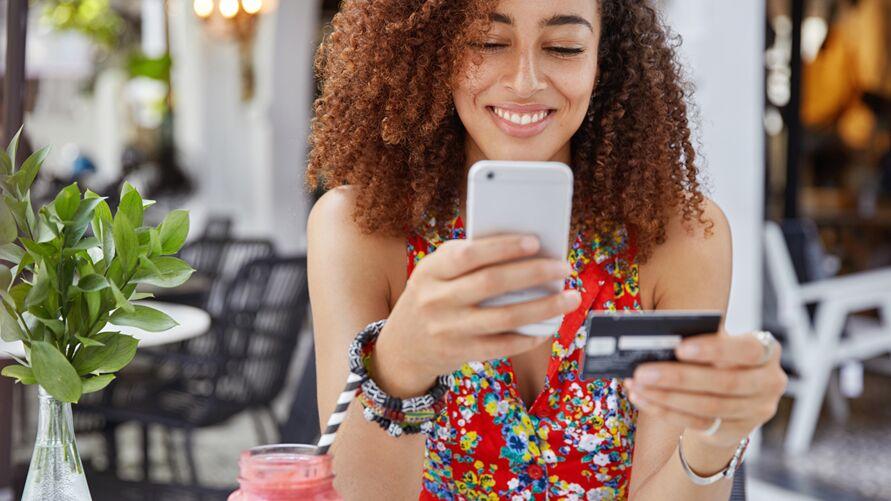 Imagem ilustrativa da notícia: Compras com cupom de desconto ou dinheiro de volta na internet crescem 50% em 2020, diz empresa