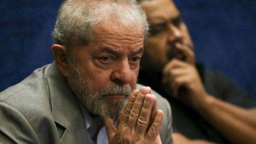 Imagem ilustrativa da notícia: Lula é infectado pela Covid-19 e fez quarentena em Cuba