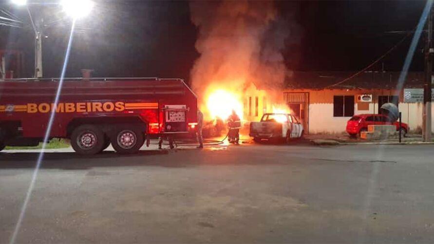 Imagem ilustrativa da notícia: Identificado homem que ateou fogo em duas viaturas no Pará