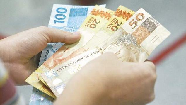 Outras medidas estão em estudo, como a reformulação ou ampliação do Bolsa Família