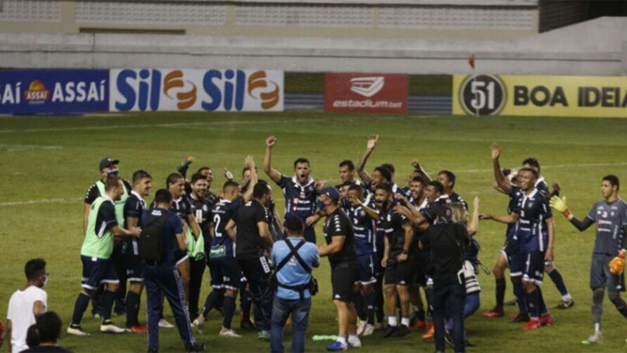 Imagem ilustrativa da notícia: Salatiel, Marlon, Mimica, Gelson, Carlos Alberto, Augusto e Bonamigo estão fora do jogo contra o Londrina