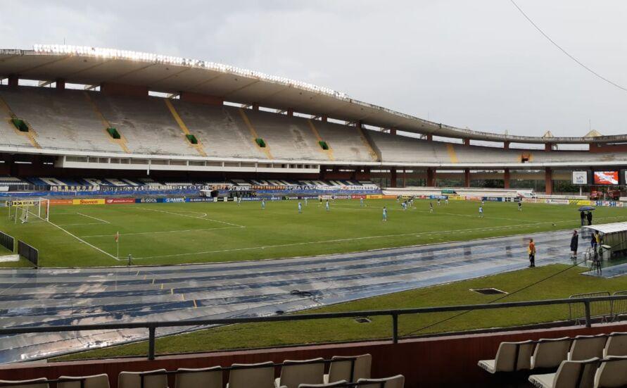 Azulinos perderam dentro de casa com gol contra