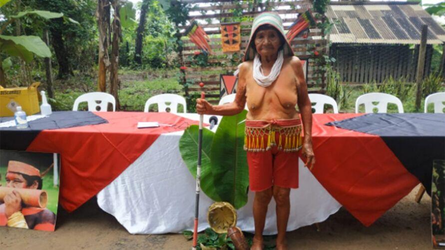 Imagem ilustrativa da notícia: Indígena de 105 anos,Rõnõré Gavião, é a primeira vacinada em aldeia em Marabá