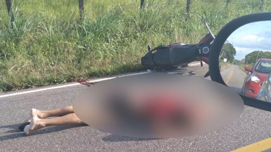 Motociclista estava sem capacete e segundo testemunhas em alta velocidade
