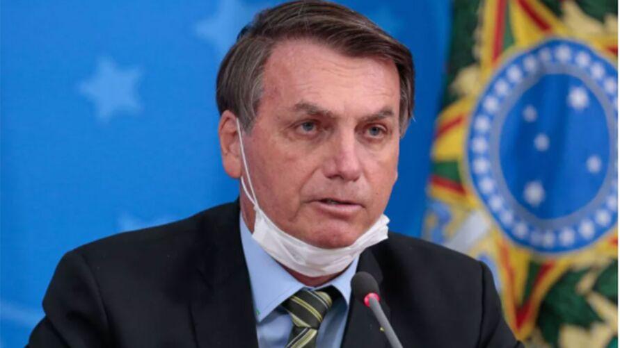 Imagem ilustrativa da notícia: Veja 10 vezes em que o presidente criticou a Coronavac