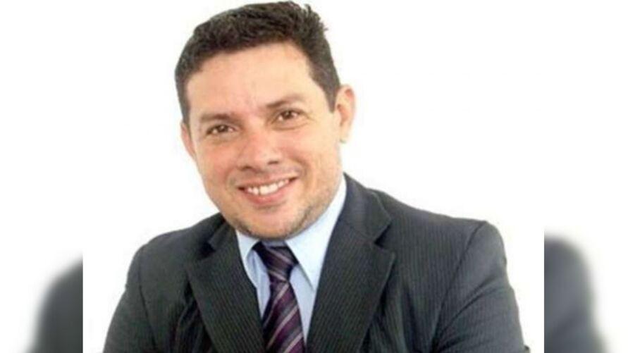 """Imagem ilustrativa da notícia: Ministro da Saúde nomeia hipnólogo """"Markinhos Show"""" como assessor"""