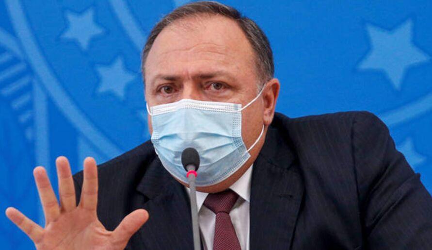 Ministro da Saúde disse que negocia diariamente com a Índia, e que fuso-horário atrapalha comunicação.