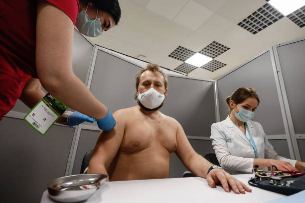 Imagem ilustrativa da notícia: Clube russo inova e vacina torcedores que vão assistir seus jogos