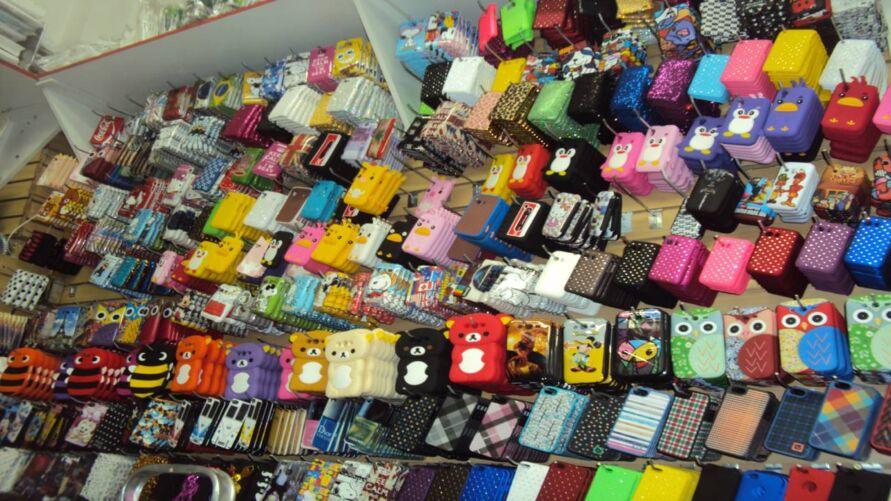 Imagem ilustrativa da notícia: Procon e Delegacia do Consumidor apreendem acessórios para celular suspeitos em Belém