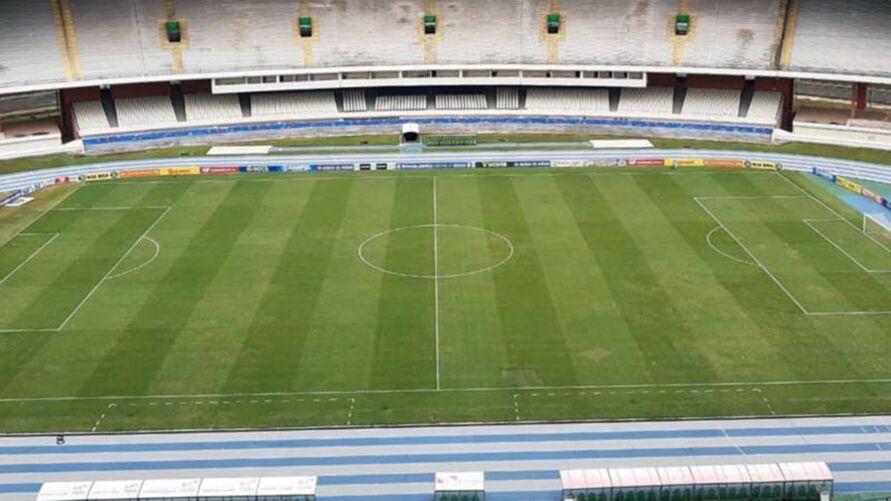 Gramado do Estádio Olímpico do Pará