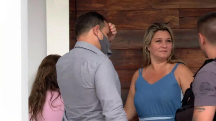 Carminha chegou a ser eleita vereadora, mas foi cassada após denúncias com ligação à milícia
