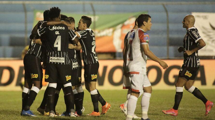 Imagem ilustrativa da notícia: Vídeo: Veja os gols da classificação do Corinthians contra o Salgueiro-PE