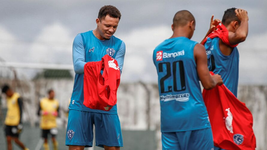 Imagem ilustrativa da notícia: Campeão em 2020, Perema busca integração com novos no time para a estreia do Paysandu no Parazão