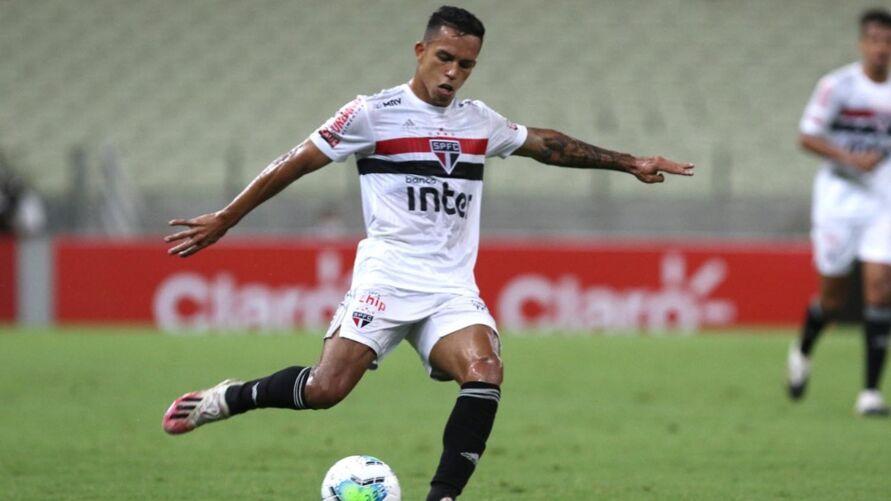Imagem ilustrativa da notícia: São Paulo tem volta de lateral e aguarda recuperação de Igor Gomes