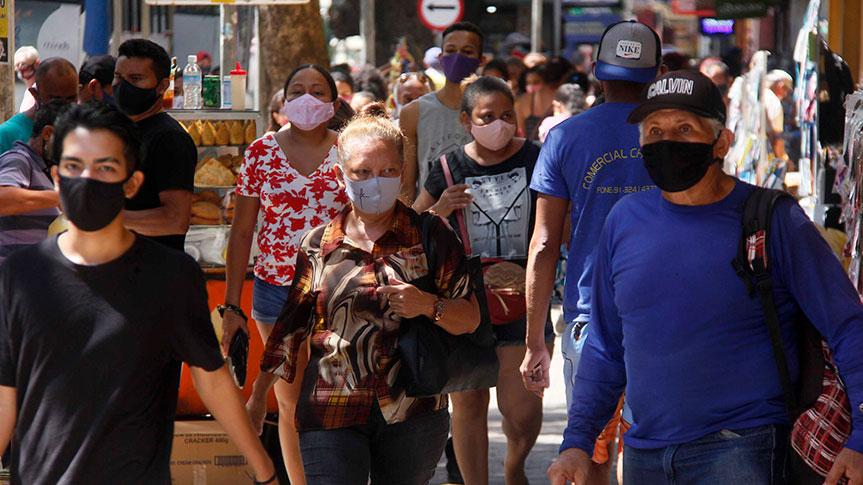 Imagem ilustrativa da notícia: Secretários de Saúde pedem toque de recolher e fechamentos de bares e escolas contra avanço da covid-19