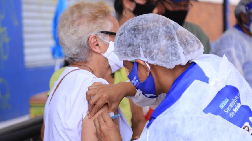Imagem ilustrativa da notícia: Vacina de Oxford passa em teste e Fiocruz anuncia início de produção em larga escala