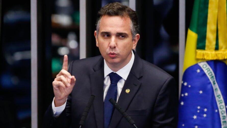 Imagem ilustrativa da notícia: Pacheco diz que negacionismo é brincadeira macabra