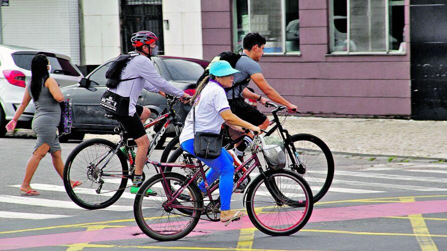 A bicicleta é considerado o meio de transporte mais barato e mais rápido
