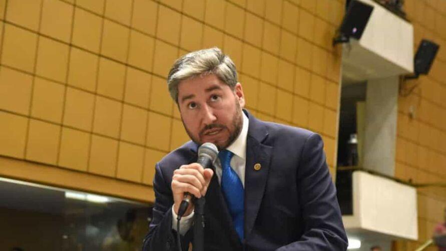 O desembargador João Carlos Saletti já havia negado, no dia 25 de fevereiro, um pedido da defesa do deputado para barrar as investigações contra ele por suspeita de importunação sexual.