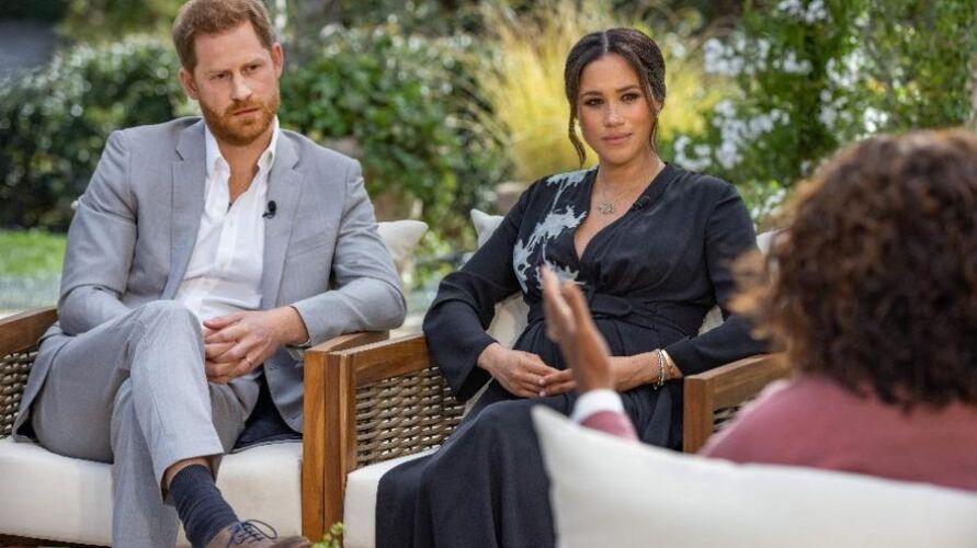 O casal deu detalhes sobre a vida na realeza britânica e relatou os motivos que os levaram a se desligar dela