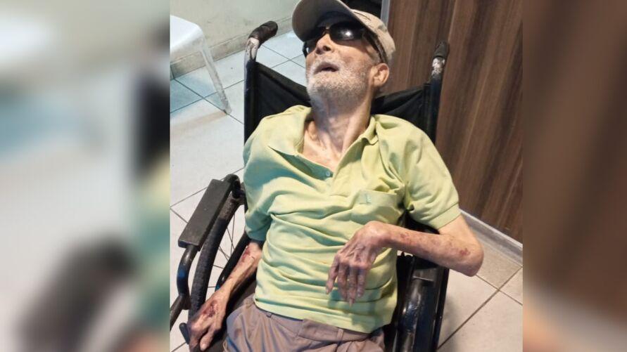 Imagem ilustrativa da notícia: Família abandona idoso em frente a condomínio de Belém