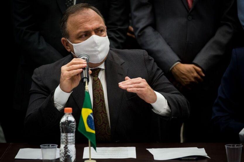 Imagem ilustrativa da notícia: Entregas de vacinas a Estados serão semanais, diz Pazuello